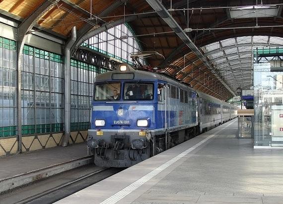 Wrocław – Kraków w mniej niż 2,5 godziny pociągiem. Kiedy? Ministerstwo tłumaczy