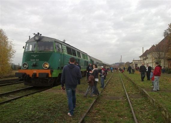 PKP Intercity od 12 grudnia na trasie Sierpc – Brodnica. PLK chcą w 3 miesiące naprawić tor