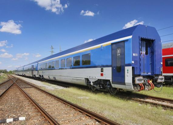 Koleje Czeskie uruchamiają nową markę pociągów InterJet. Będą to składy wagonowe