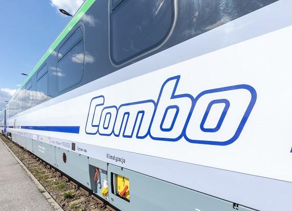 PKP Intercity odebrało już 8 wagonów COMBO od Pesy. Wszystkie 60 do końca roku