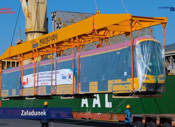 Pierwsze nowe tramwaje dla Warszawy już płyną do Polski z Korei Południowej! [WIDEO]